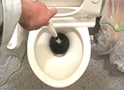 トイレや排水管のつまりのイメージ
