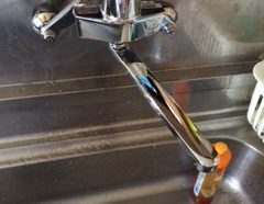台所水栓交換のイメージ